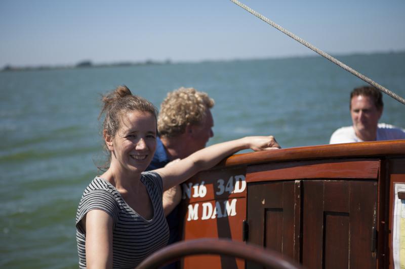 Bemanning van de Zuiderzee - scheepskok en gastvrouw Pilou