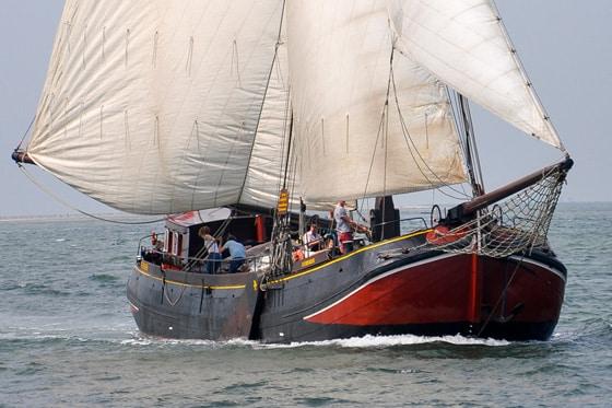 Bedrijfsuitje zeilen op het IJsselmeer