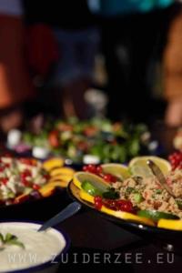 Saladebuffet Zuiderzee zomerlicht