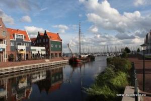De Zuiderzee in het Marinapark Volendam